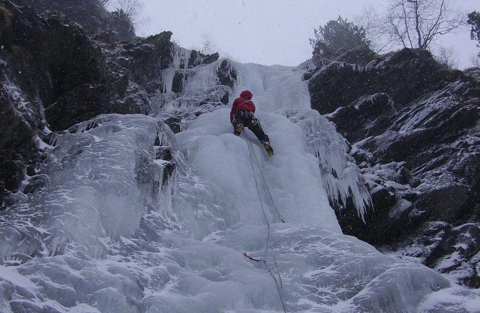 Cascade de glace - Vallée de la frèche